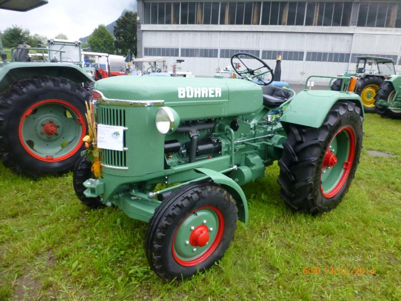 lanz bulldog with Unsere Oldtimers on Skoda Liaz furthermore Unsere Oldtimers as well 4932227 lanz Eilbulldog Rood together with Watch as well Lanz Bulldog Bulldog Tractor 1537285.